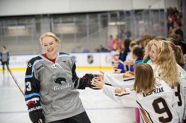 tatiana rafter buffalo beauts elite female hockey player